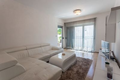 3 two bedroom  for sale in kotor, dobrota, € 140,000