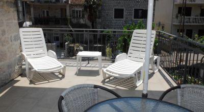 19 holiday home villa andrea - city center, Kotor