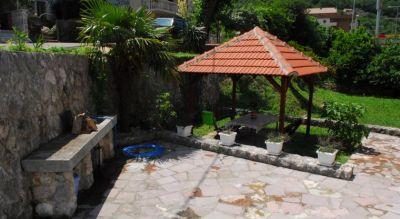 5 holiday home villa andrea - city center, Kotor