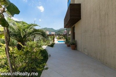 donja lastva tivat 8 bedroom villa with pool (91) 16 tivat - donja lastva, wonderful 8 bedroom villa with pool for sale €1.200,000