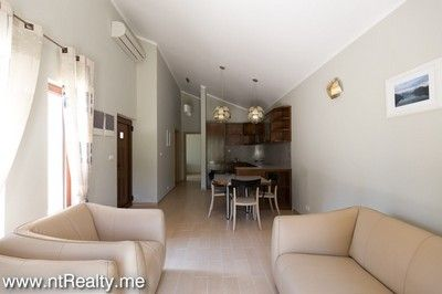 donja lastva tivat 8 bedroom villa with pool (96) 21