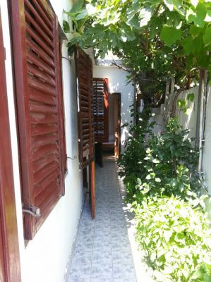 20140613_142130 rooms to rent - sutomore