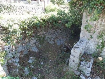 pa030007 lustica - mrkovi, ruin for sale €75.000, Tivat