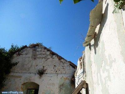 pa030010 lustica - mrkovi, ruin for sale €75.000, Tivat