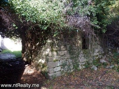 pb280494 tivat - kavac, stone ruin and land for sale €127,000