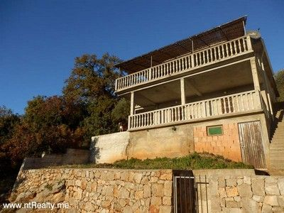 pc120634 lustica - eraci, villa with stunning views of the bay for sale €159,000, Tivat