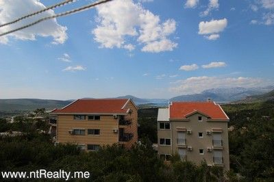 tivat, przice house 167 (1) tivat - przice, split level house minutes from kotor and tivat for sale €125,000