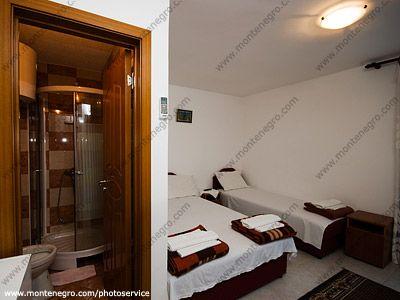 _dsc7111 i sobe vučićević, Budva