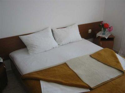 doublebed_room_in_becici