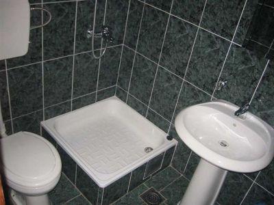 bathroom_in_the_suite