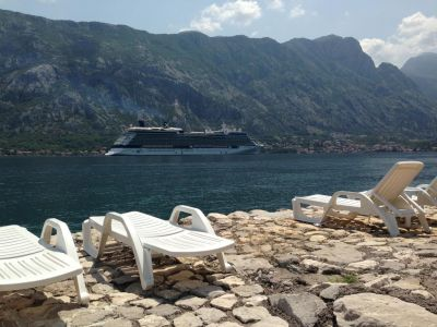 18370460 old mariner guest house, Kotor