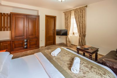 junior_apartment1_hotel_conte_perast