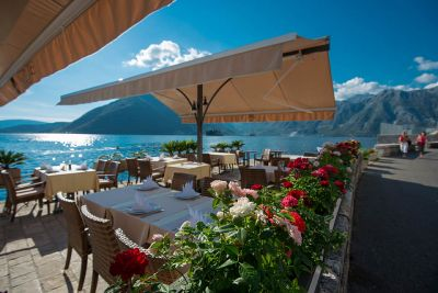 restaurant_terrace2_hotel_conte_perast_montenegro conte u perastu