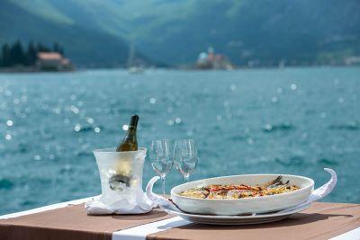 seafood_specialities_restaurant_hotel_conte_perast_montenegro