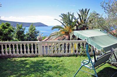 hotel_bokeska_noc_herceg_novi_montenegro.jpg