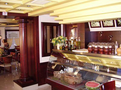 p7080044 la pasteria, Kotor