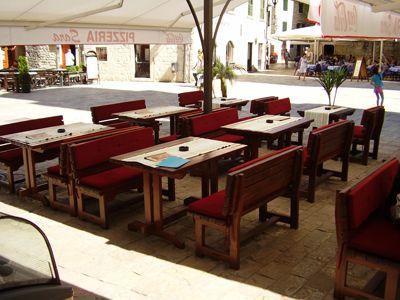 p7080039 caffe pizzeria sara, Kotor