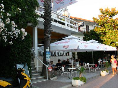 img_0111 poslovno - stambeni objekat u prvoj zoni - topla, Herceg Novi