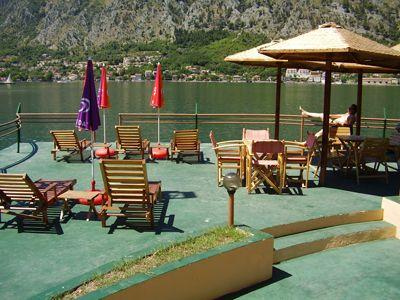 p7070044 caffe bar mallibu, Kotor