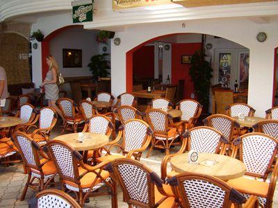 p7120017 caffe pizzeria hemingway, Igalo