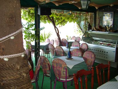 p7120026 restoran dva dinara, Igalo