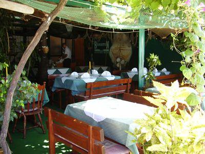 p7120029 restoran dva dinara, Igalo