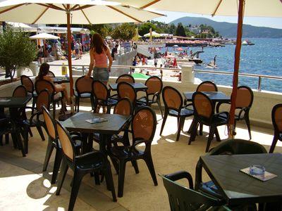 p7120034 caffe pizzeria atrium, Igalo