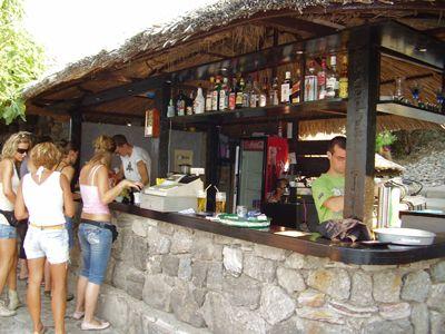 p7170094 plažni bar zanzibet, Tivat