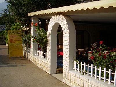 p7210042 restoran renesansa, Zelenika