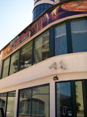 p7140017 caffe pizzeria zotto capellino, Bijela