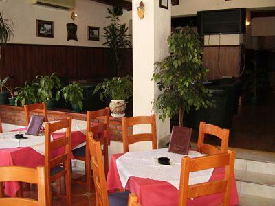 p7220074 restoran upitnik, Igalo
