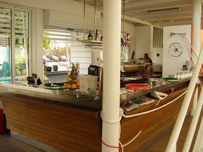 p7260037 caffe club bijela