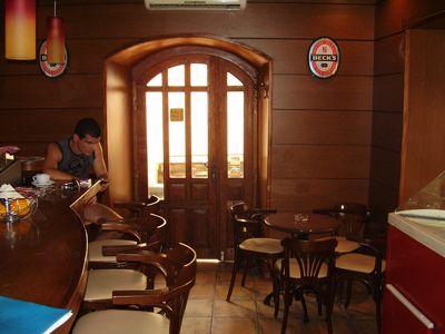 p7250122 caffe bar mirakul, Tivat