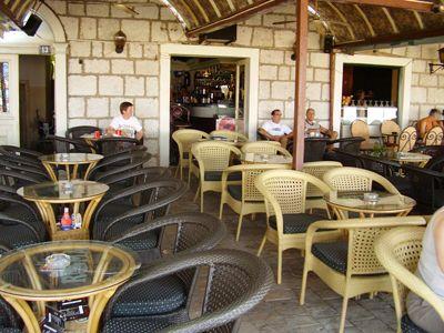 p7250050 caffe roma, Tivat