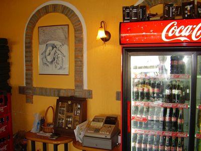 p7250033 caffe apolon, Tivat