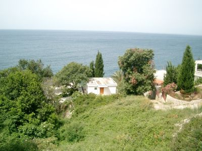 pogled na more seaside house with private stony beach, Bar
