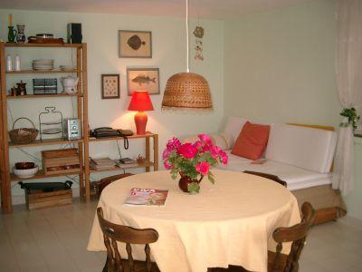 dnevna soba kuća na obali mora sa privatnom kamenom plažom, Bar