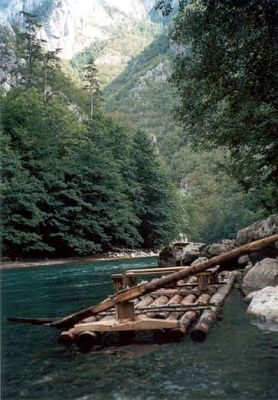 wood_raft_big