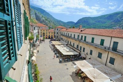 64138959 historic boutique  cattaro, Kotor
