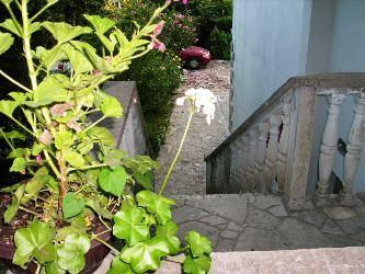 20070701_084604_stepenice_spolj