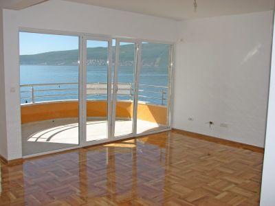 slika2a stanovi za prodaju - bijela, Herceg Novi