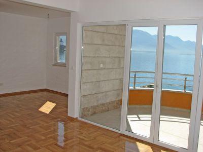 slika3a stanovi za prodaju - bijela, Herceg Novi
