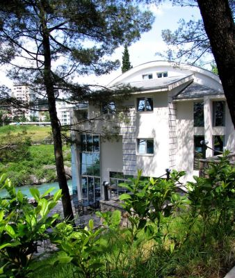 10838803 ambasador, Podgorica